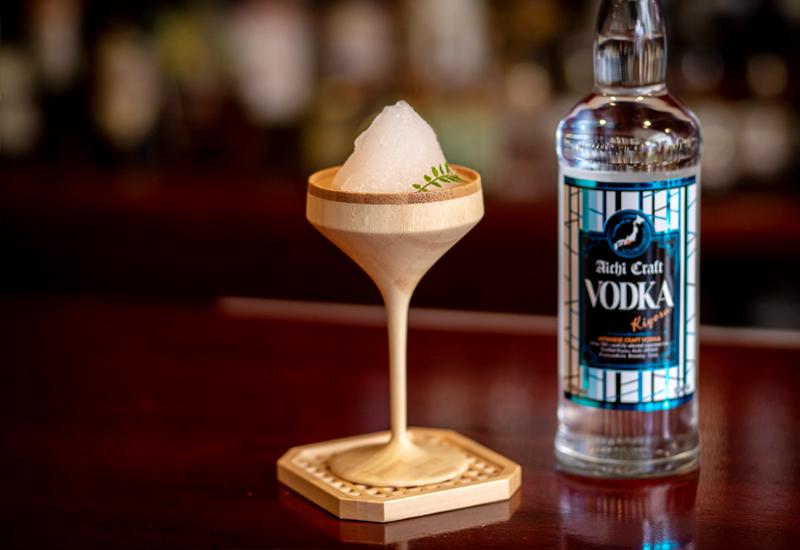 キヨスウォッカと楽園梅酒の氷室仕立ての写真